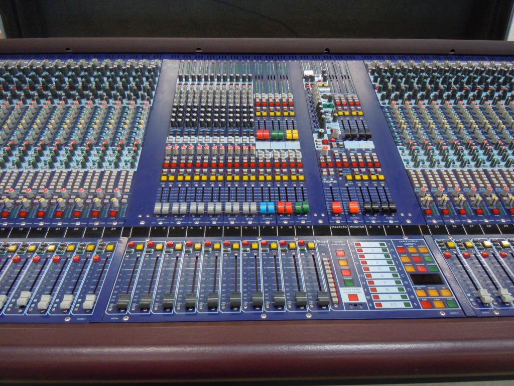 Midas - H2000 Audio Mixing Console