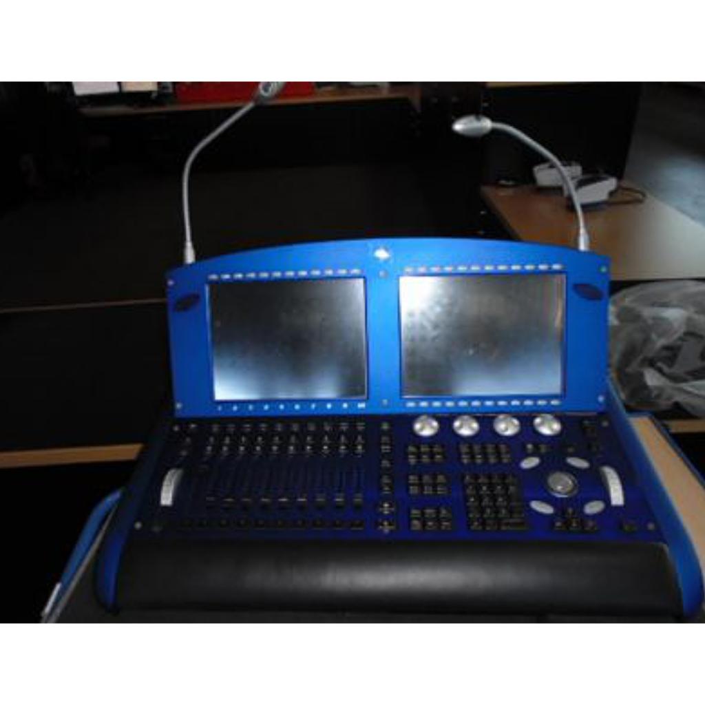 High End Hog 3 Console including DP2000