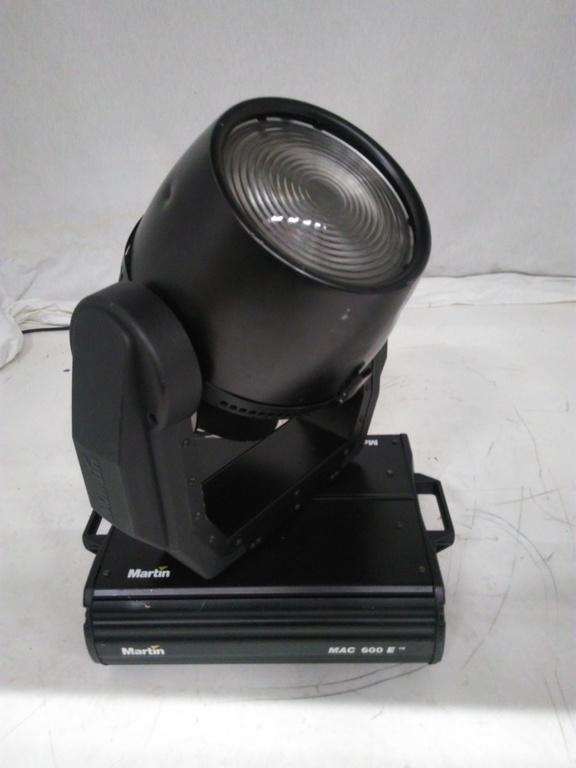 Martin - MAC600 Wash Light