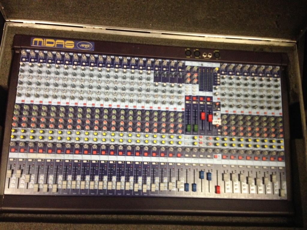 Midas-320-Venice-Series-Analog-Audio-Console