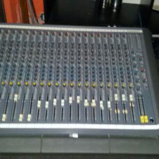 Soundcraft - 200 Delta Console