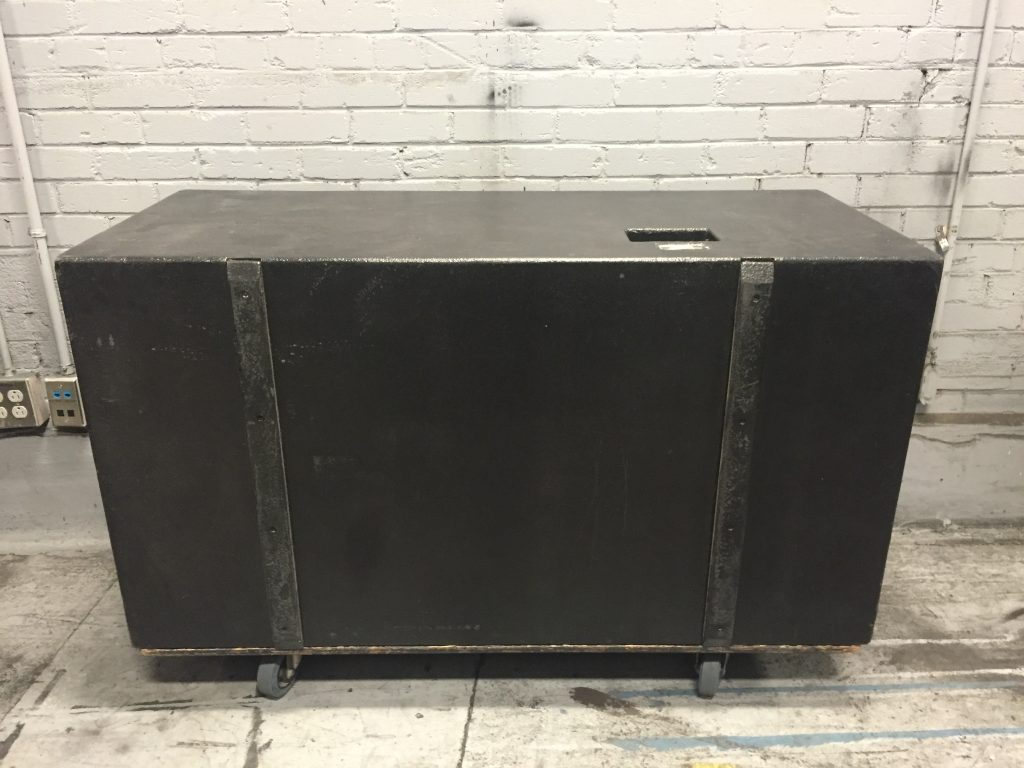 L'Acoustics - SB218