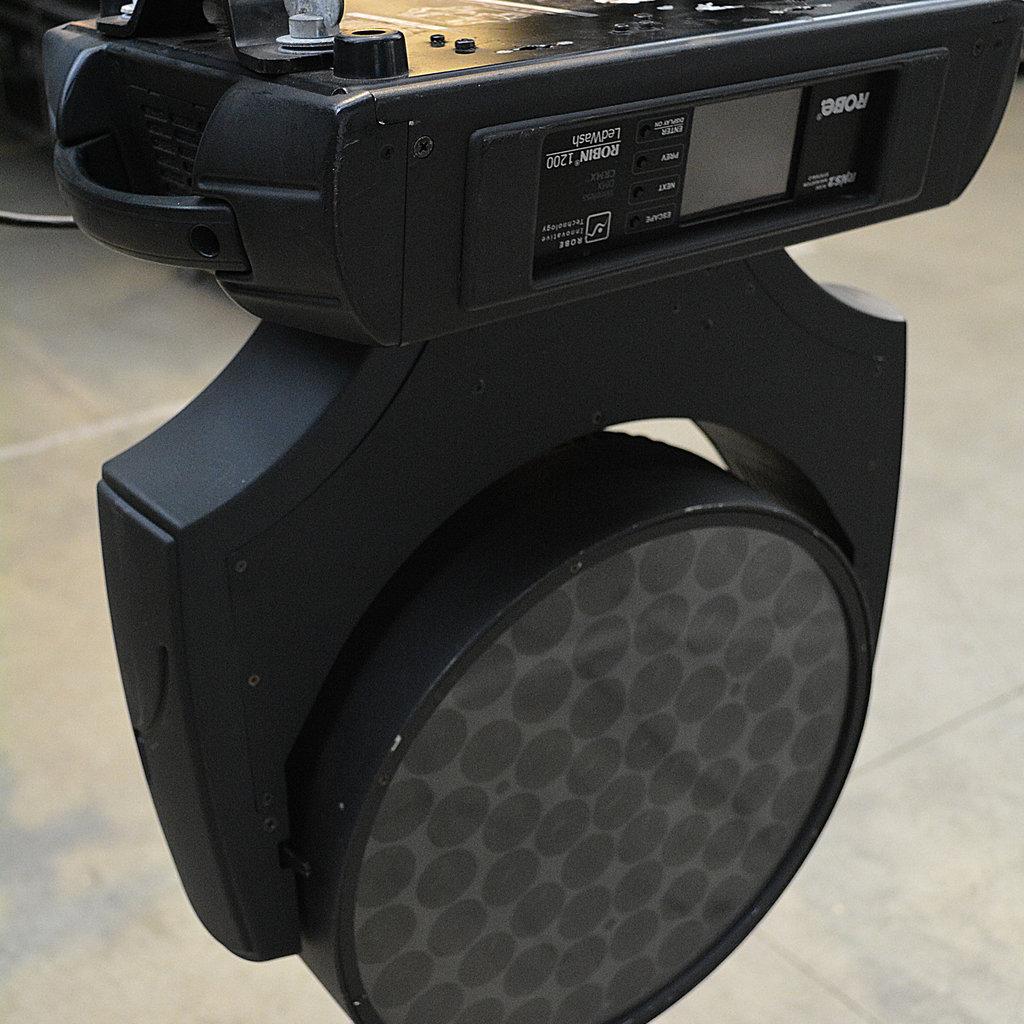 Robe Robin 1200 LED wash