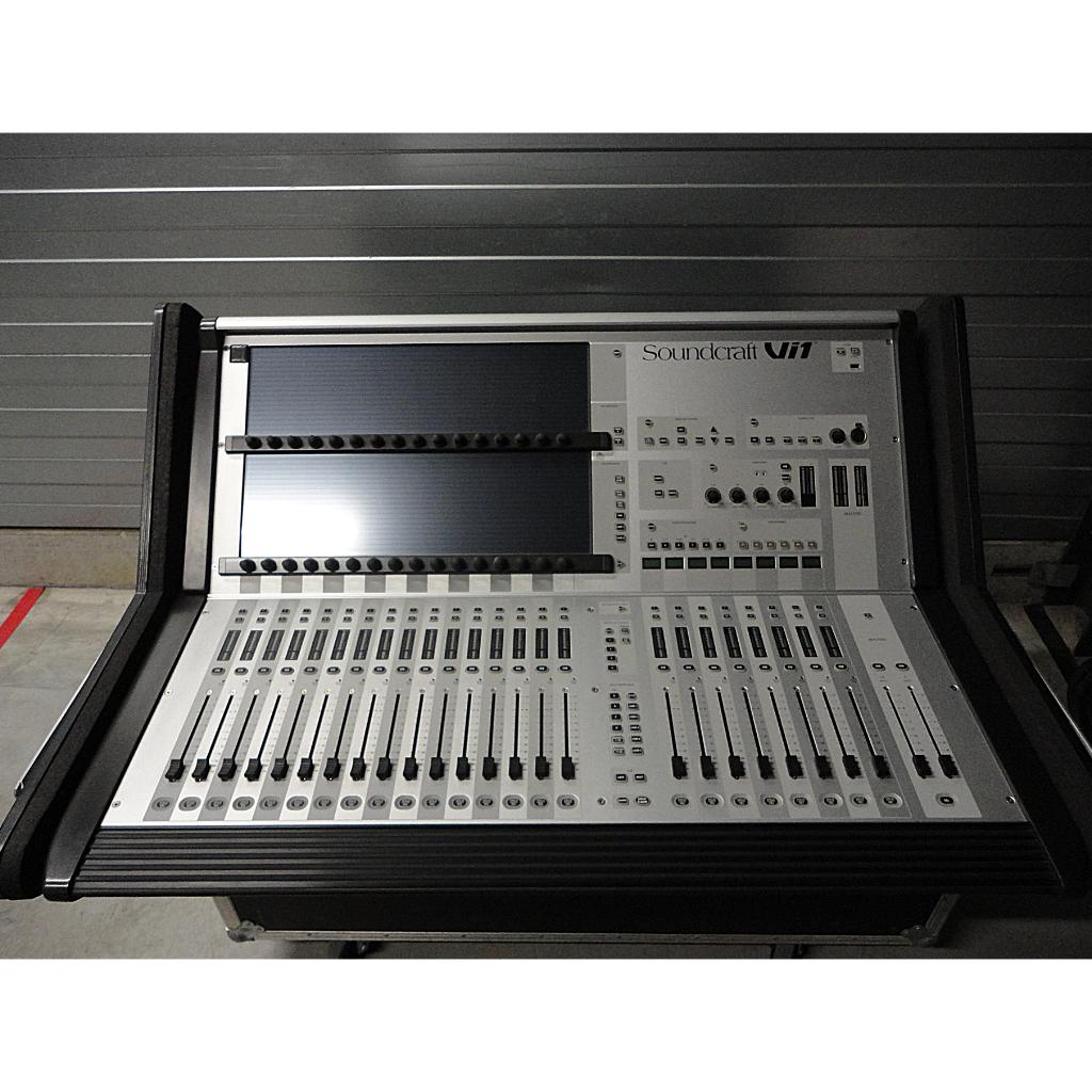 for sale used soundcraft vi1 digital mixing consoles. Black Bedroom Furniture Sets. Home Design Ideas