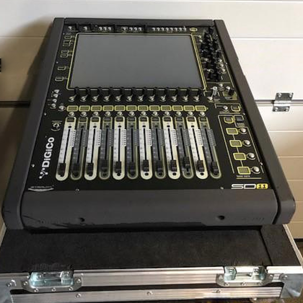 DiGiCo SD11 and D-Rack Good condition