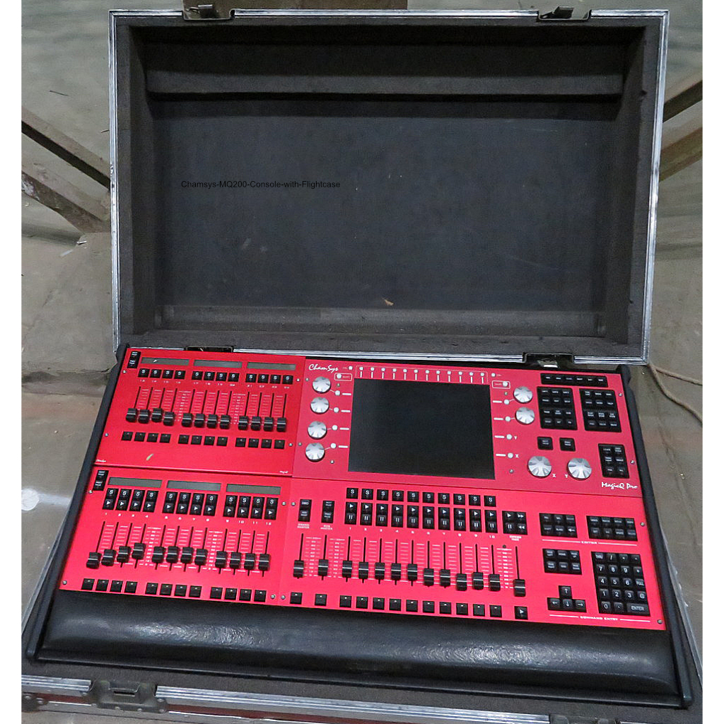 Chamsys MQ200 Console with Flightcase
