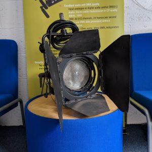 Arri – 2kw Fresnel Lighting Fixture