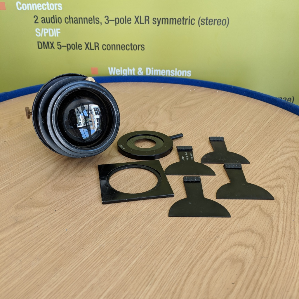 dedolight-85mm-projector-lens-03