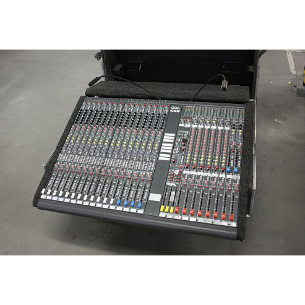 DDA CS8 Audio Mixing Console
