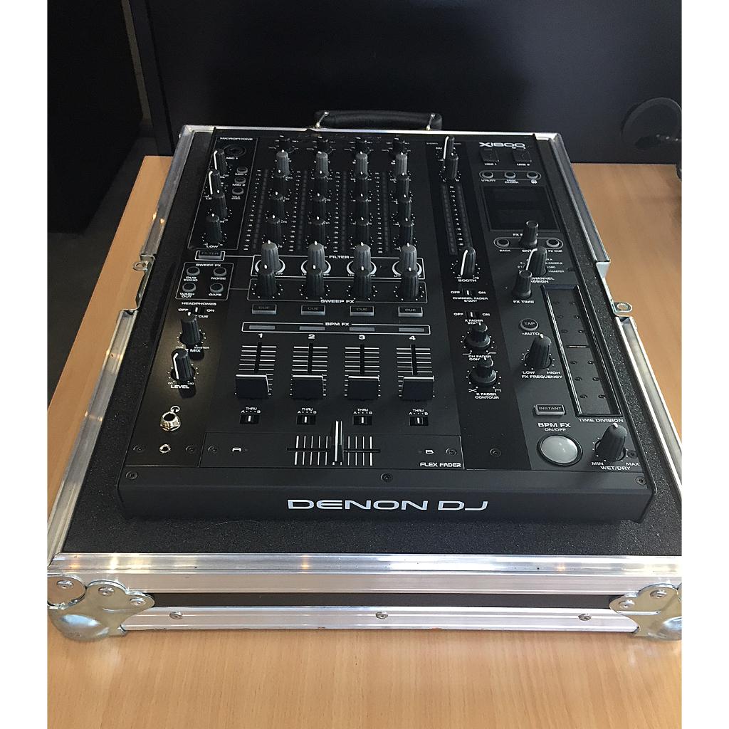Denon DJ X1800 Mixtable