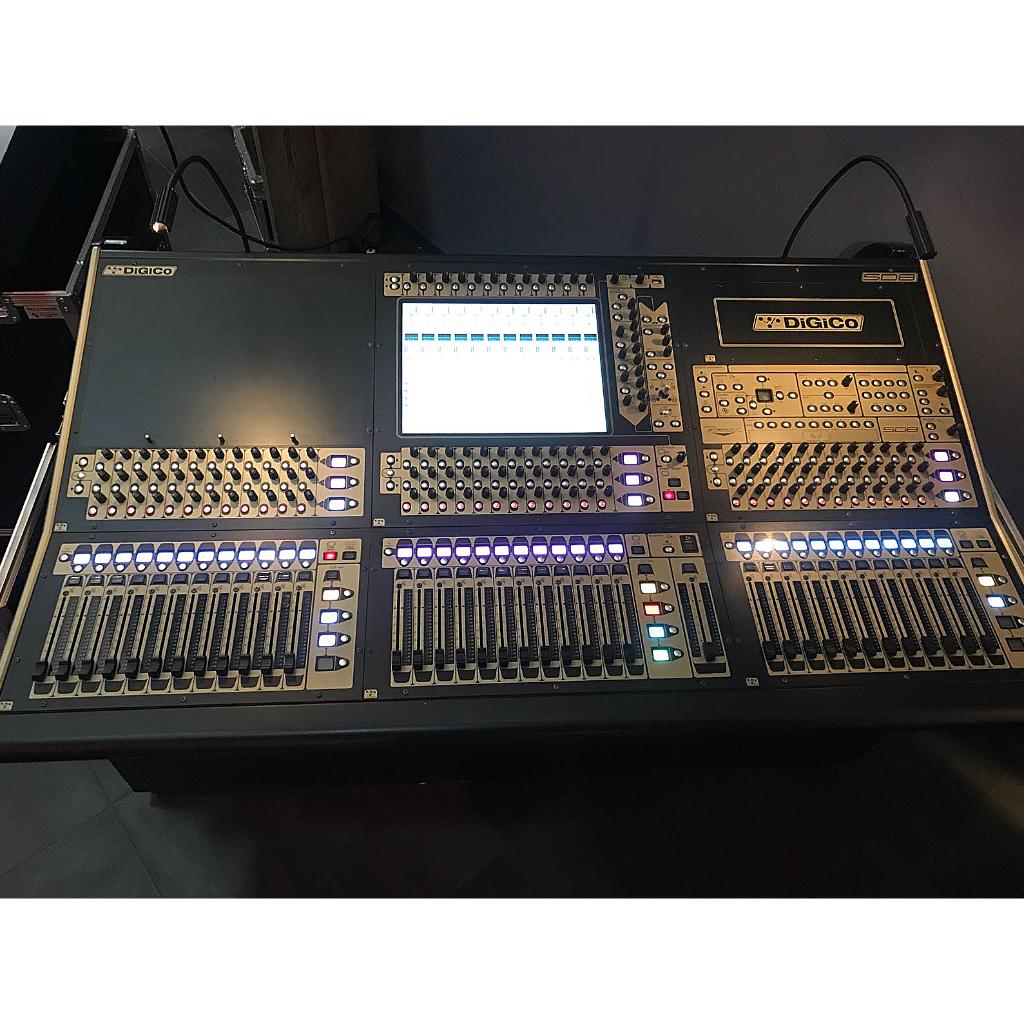 DiGiCo SD8 Digital Mixer