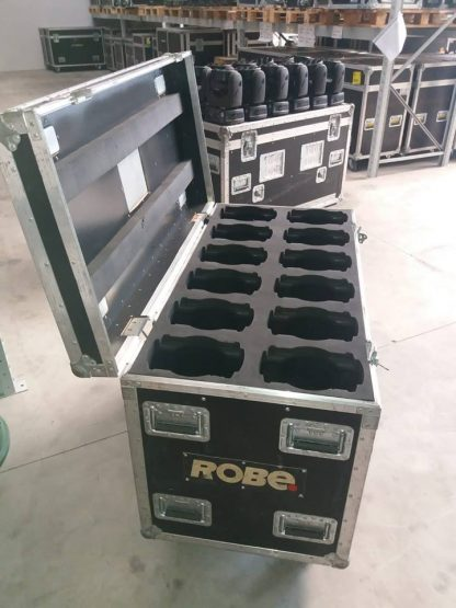 Robe-Robin-100-LED-beam