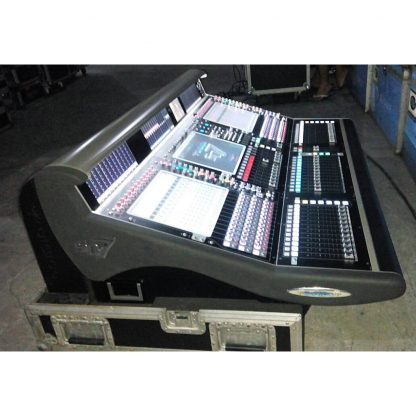 DiGiCo SD7 with DigiCo DiGiRack