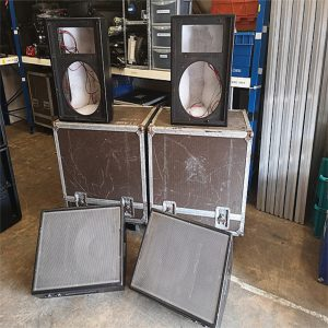 LE400 Style Monitors Package (8)
