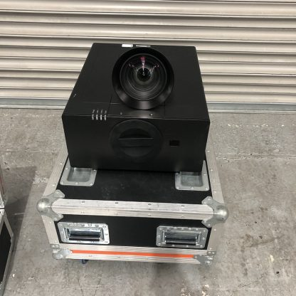 Used Optoma EH7700 Projector