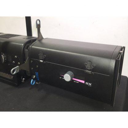 Robert Juliat ZEP 661SX CW LED profile floodlight