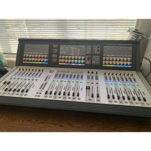 Soundcraft Vi2000 with Stagebox and Compact Stagebox