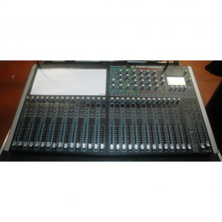 Soundcraft Performer 3 Mixing Console