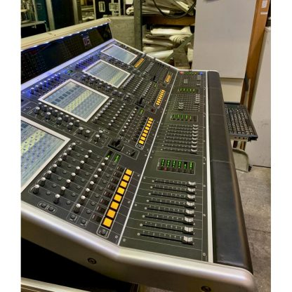 DiGiCo D5 Live Digital Mixing Console