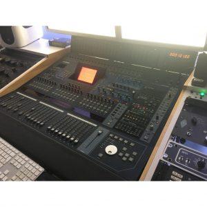 Yamaha DM2000 V2