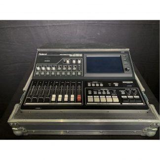 Roland VR-50HD MK1 Multi-Format AudioVideo Mixer